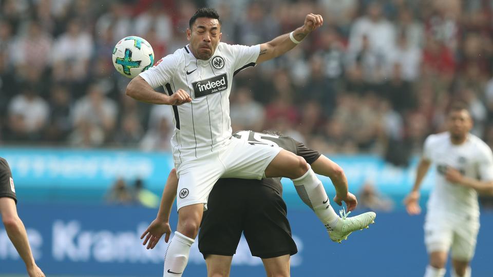Spielszene Leverkusen Eintracht