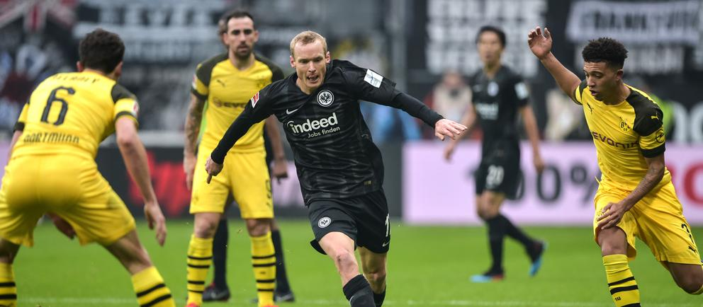 Spielszene Eintracht gegen Dortmund
