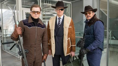 "Taron Egerton (Eggsy, l-r), Colin Firth (Harry Hart) und Pedro Pascal (Agent Whiskey) in einer Szene des Films ""Kingsman - The Golden Circle"""