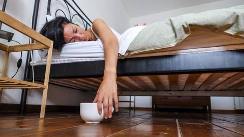 Bei Herbstmüdigkeit hilft auch kein Kaffee mehr