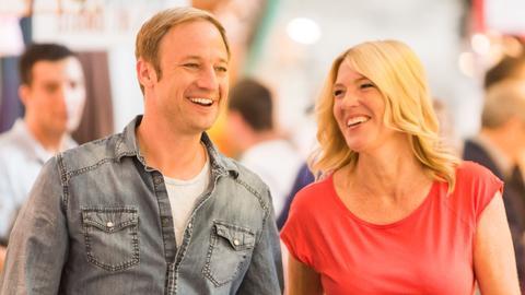 Tobi und Tanja lachen