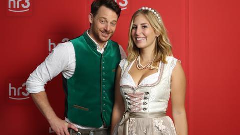 Kate Menzyk und Christian Kaempfert im Oktoberfest-Outfit