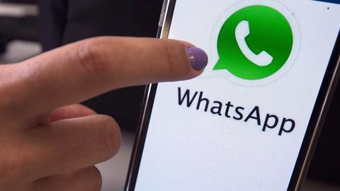 WhatsApp auf dem Smartphone aktualisieren.