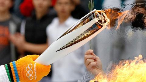 Auf dem Weg nach Südkorea: Das Olympische Feuer