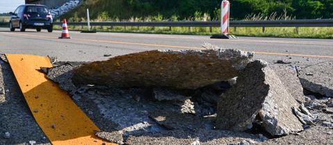 Mehr als nur ein kleines Schlagloch: Solche Schäden entstehen durch Blow-Ups