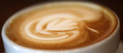 Da hat Tanja lange drauf gewartet: Frischer Kaffee