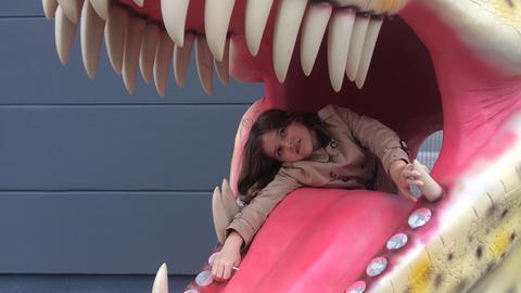 Eva-Lotte besucht den Dino Adventure Park