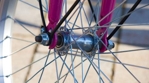 Fahrradspeichen checken