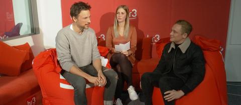 Florian David Fitz und Matthias Schweighöfer bei Kate Menzyk