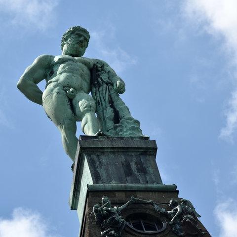Schaut seit 300 Jahren auf Kassel: Der Herkules