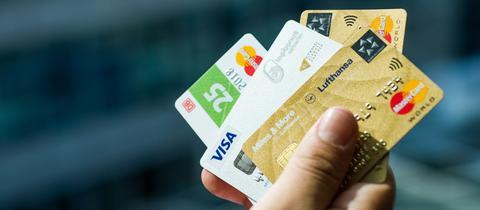 Kreditkarten von verschiedenen Privatunternehmen