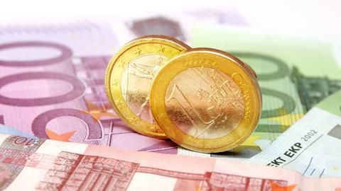 Euro-Münzen und Geldscheine