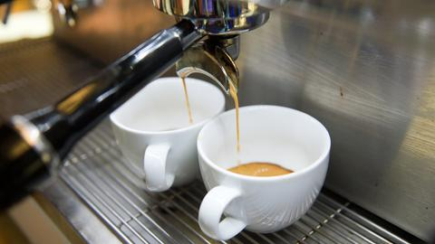 Lernen, wie man richtig guten Kaffee macht: Als Barista
