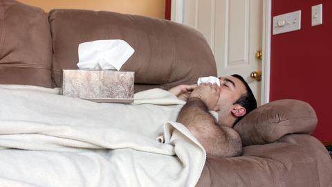 Haut auch den stärksten Kerl um: Männergrippe