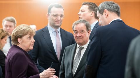 Merkel und Ministerpräsidenten