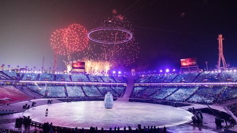 Feuerwerk über dem Olympia Stadion in Pyeongchang