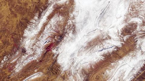 Schnee in der Sahara - aufgenommen 2018 von einem Satelliten der ESA