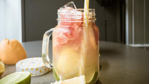 Schritt-für-Schritt-Anleitung: Zitrus-Mix-Limo
